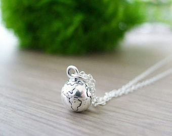 Globe Necklace, Travel Gift, Sterling Silver, Travel Jewelry, Travel Necklace, Earth Necklace, Planet Necklace, Earth Jewelry, Silver Earth