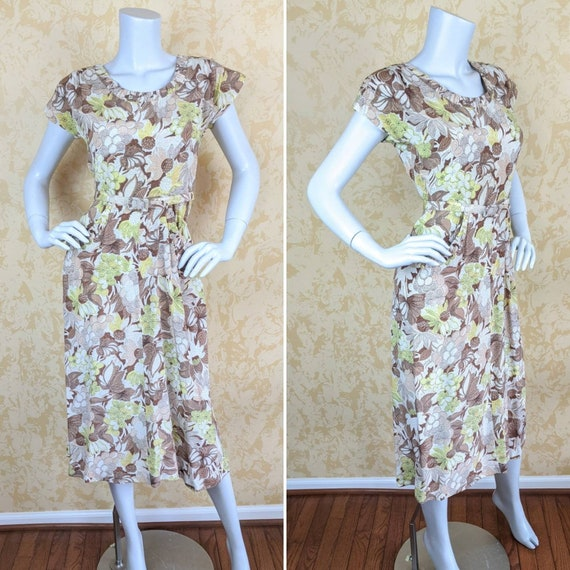 Stunning 1940's Rayon Print Dress