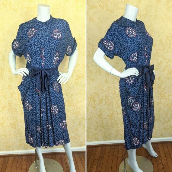 Stylish 1940's Rayon Print Dress