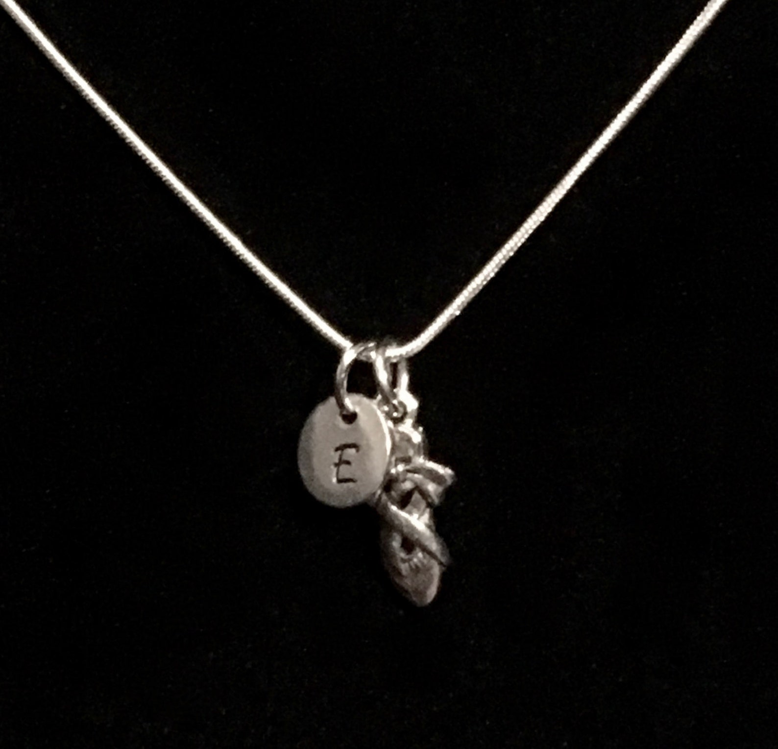 ballet shoe sterling silver necklace, ballet silver necklace, dancer sterling necklace, ballerina sterling necklace qb41