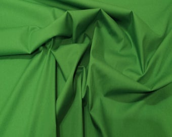 "Emerald Green - 100% Cotton Poplin Dress Fabric Material - Plain Solid Colours - Metre/Half - 44"" (112cm) wide"