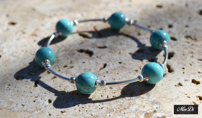 Dyed . Handmade stretch bracelet with Sterling Silver /& Turquoise Magnesite