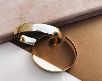 Wide Rounded Cuff