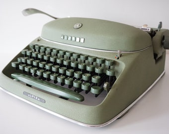Very Rare GREEN 1955 Alpina SK24 Typewriter - Working - Design - QWERTZ - Green Keys  - CONGRESS Elite Typeface !