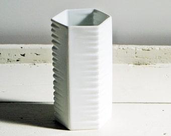 Reserved for Queenie - Vintage white porcelain vase  - Op-Art Mid Century Retro