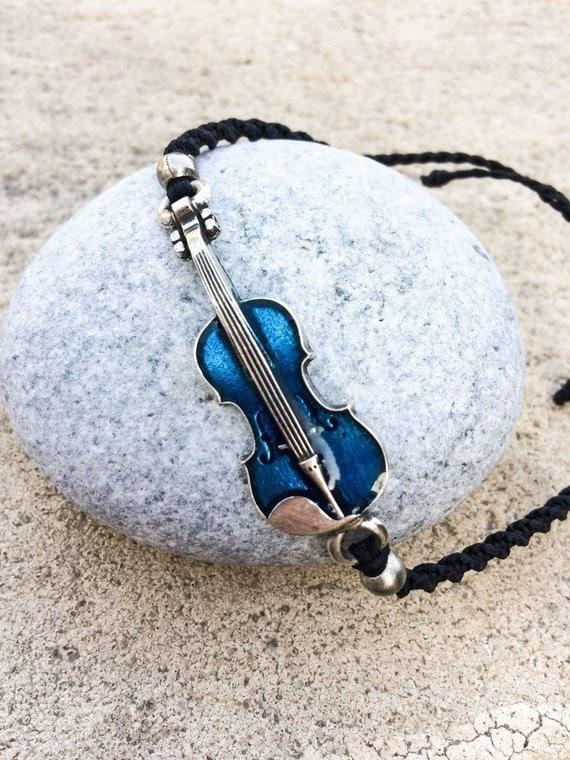 Musical bracelet Adjustable bracelet pink violin charm glaze Violin macrame bracelet musician gift waterproof Pink Violin bracelet