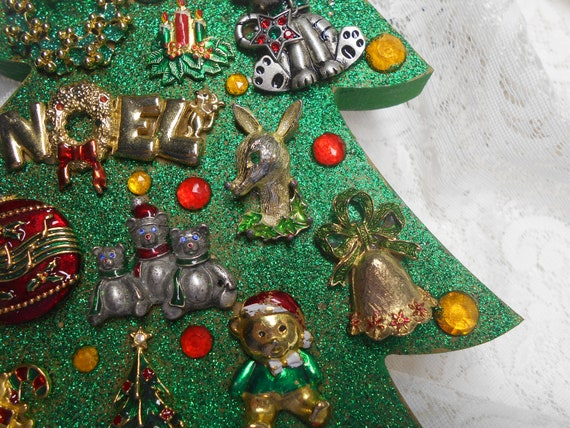 Jeweled Wood Christmas Tree Wall Decor