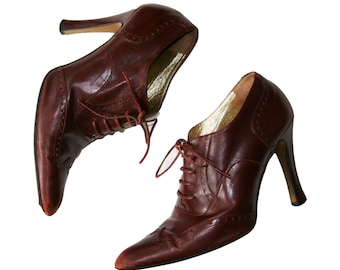Vintage Complice Italian wingtip style heel