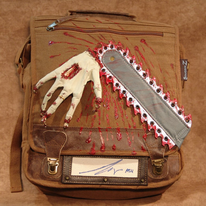 Bruce Campbell ash autographed Chainsaw Hand image 0