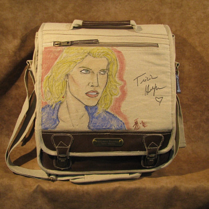 Battlestar Galactica autographed by Tricia Helfer Messenger image 0