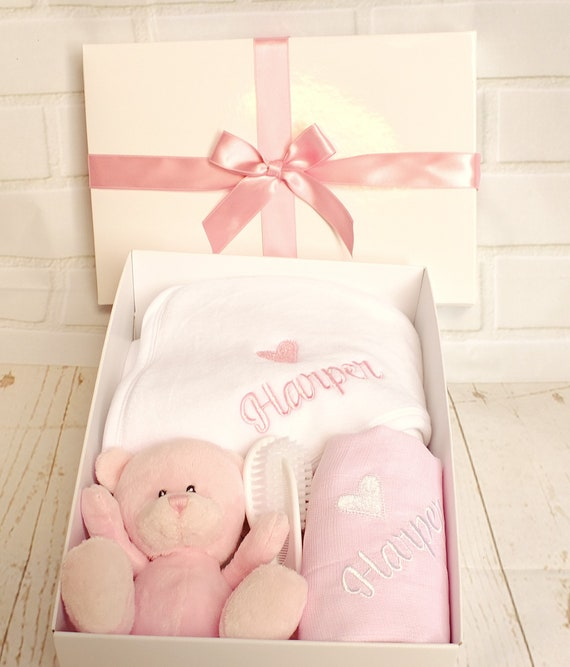 Personalised Hooded Baby Towel Gift Set , Baby Girl Gift Set, Embroidered Hooded Towel, Muslin Cloth's, Pink Teddy Bear, Gift Box, Bath Gift