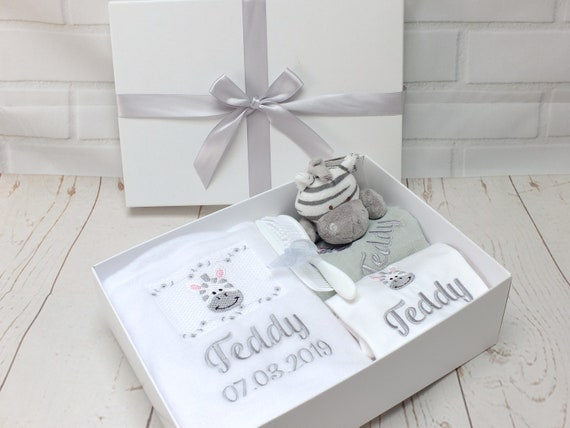 Personalised Baby Gift Set, Neutral Zebra Design, Personalised Blanket/ Bodysuit/Muslin and Zebra Rattle, New Baby Gift, Gender Neutral Gift
