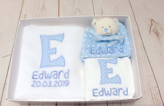 Personalised Baby GIft Set, Available in Blue or Pink, Blanket, Bodysuit/Vest, Comforter, Blue Pink Polka Dot, New Baby Gift, Embroidered