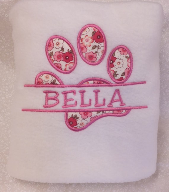 Personalised Pet Blanket, Fleece Blanket, Embroidered, Dog Blanket, Cat Blanket, Puppy, Kitten,  Embroidery, Pet Gift, New Pet Gift, Pet Bed