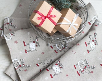 Christmas table runner with deers - Linen table runner - Holiday runner - Christmas runner - Festive table top - Christmas table decoration