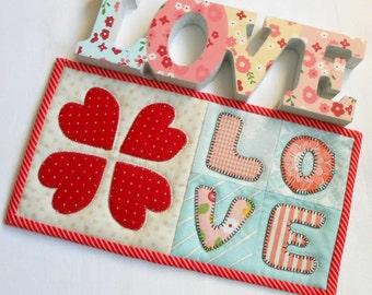 Love Hearts Mug Rug Pattern