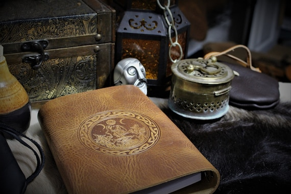 Leather Spellbook with Coven of Witches under the Triple Moon with Cauldron / Journal / Book of Shadows / - A5 Refillable Binder
