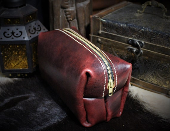 Beastman Shave Bag / Dopp Kit in BURGUNDY / OXBLOOD Leather - One of a Kind