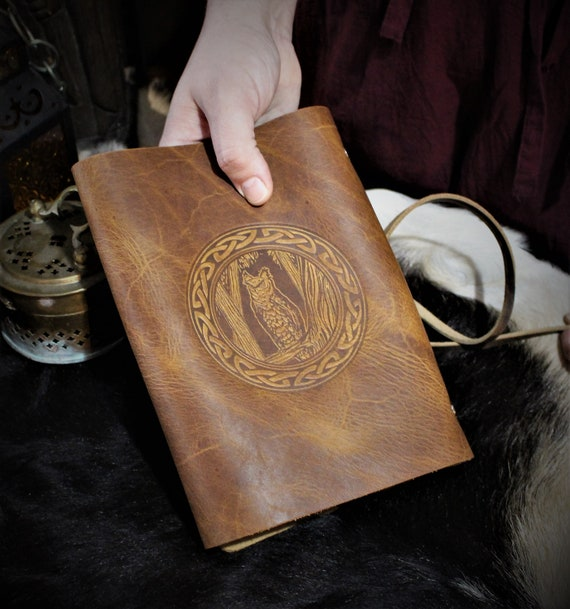 Leather Spellbook with Owl and Celtic Knotwork Border / Journal / Book of Shadows / - A5 Refillable Binder