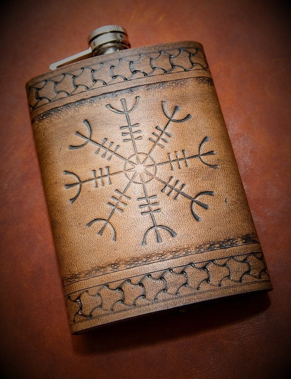 Viking Leather Flask - Ægishjálmr / Helm of Awe - 17th Century Icelandic Stave 8oz Flask