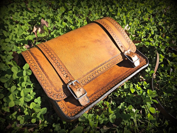 Adventure Bag - Messenger Bag Satchel