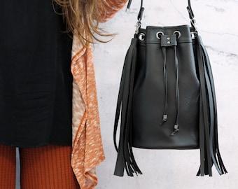 Black fringe bucket bag. Vegan boho crossbody bag
