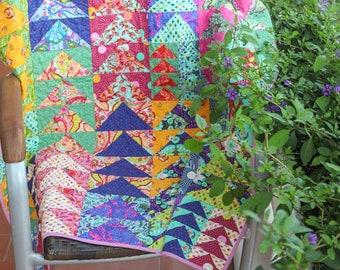 Rainbow baby quilt. Handmade Patchwork. Gender neutral, boys, girls, kids, crib quilt.