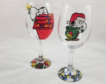 snoopy christmas wine glass snoopy christmas snoopy gift snoopy dog house snoopy decor christmas gifts snoopy glass peanuts - Christmas Snoopy