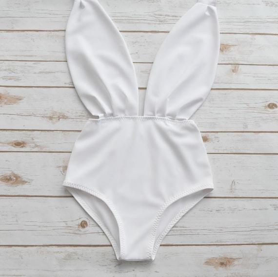 Swimsuit Ladies White Unique One Piece Pin up Bathing Suit Backless One Piece Flattering Wedding Honeymoon Bachelorette Hen Party Swimwear