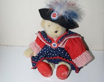 Muffy Vanderbear Yankee Doodle USA America Fourth of July