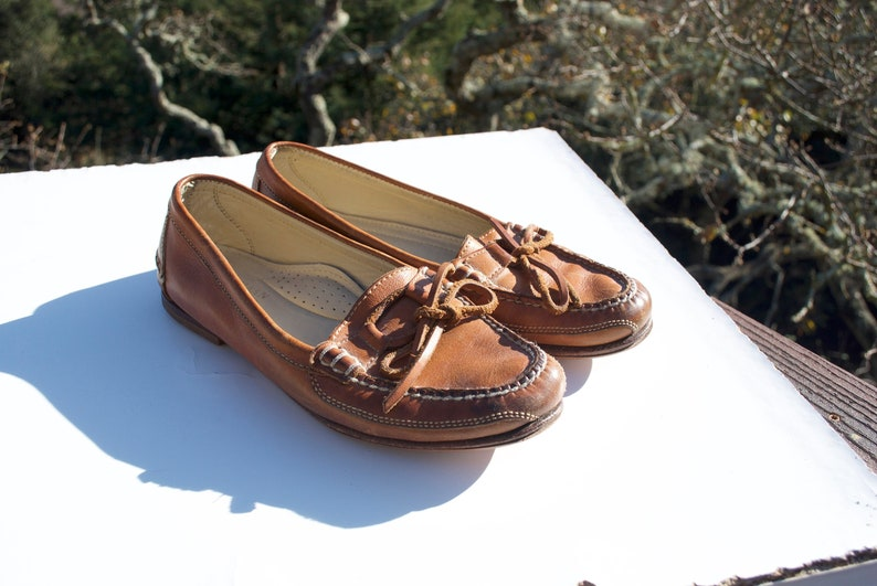 e8bfd452348 Vintage Cole Haan Brown Leather Loafers Women s 8.5