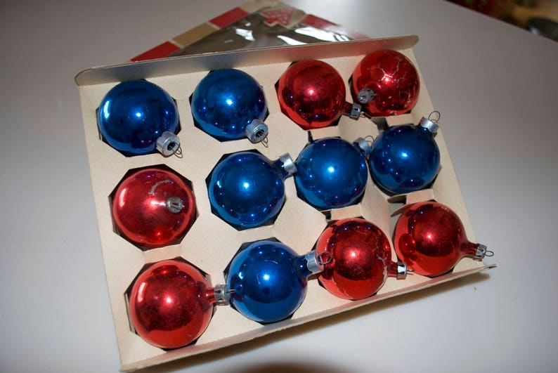 Vintage Red /& Blue Glass Ball Christmas Ornaments Box Set of 12 2 by Coby
