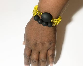 Endo Warrior: Glass and Acrylic Bead, Stretch Bracelet for Endometriosis Awareness