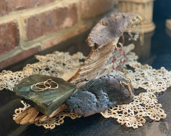 Jewelry Stand - Driftwood and Gemstone Standing Jewelry Displays / Ready to Ship Gift for Her / Reclaimed Wood Jewelry Holder for Storage