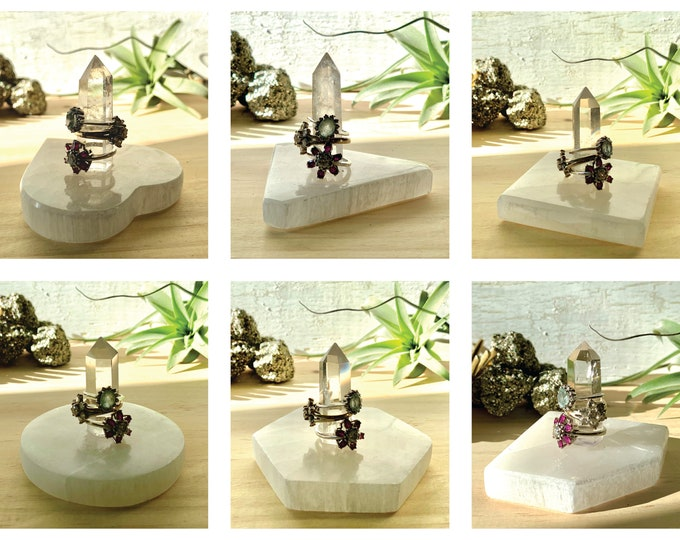 Quartz & Selenite Ring Holder / 6 Bases : Triangle, Hexagon, Circle, Square, Heart, Diamond / Ready to Ship Gift for Her - Ring Display