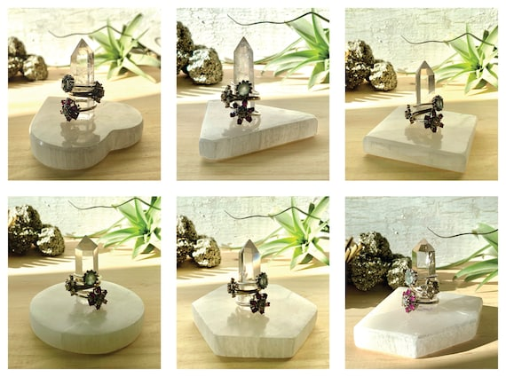 Quartz & Selenite Ring Holder / 6 Base Shapes : Triangle, Hexagon, Circle, Square, Heart, Diamond / Ring Cone Small Jewelry Storage Gift