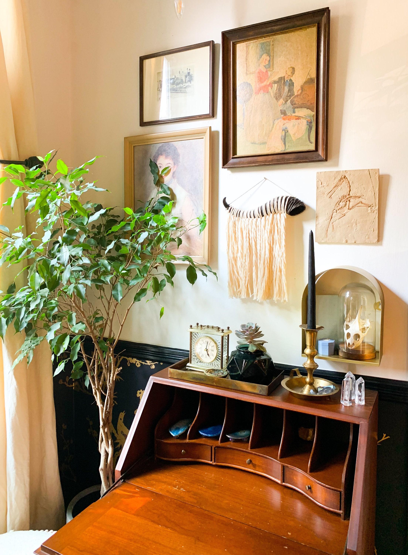 Springbok Horn Wall Hanging Eclectic Boho Macrame Wall Art Made To Order Minimal Textured Natural Gallery Wall Decor