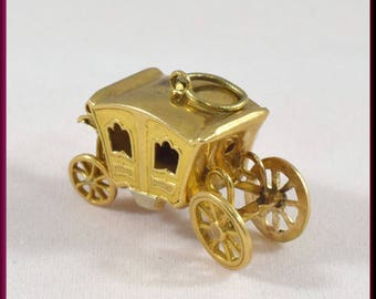 StageCoach Charm Chariot Charm Carriage Charm Vintage 14K Yellow Gold Charm - C 1