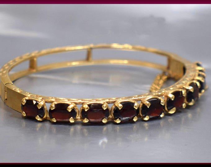Vintage 14K Yellow Gold 1950's Garnet Bangle Bracelet - BR 414S