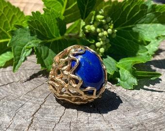 Yellow Gold and Blue Lapis Statement Ring, Lapis Cocktail Ring, Lapis Lazuli Ring