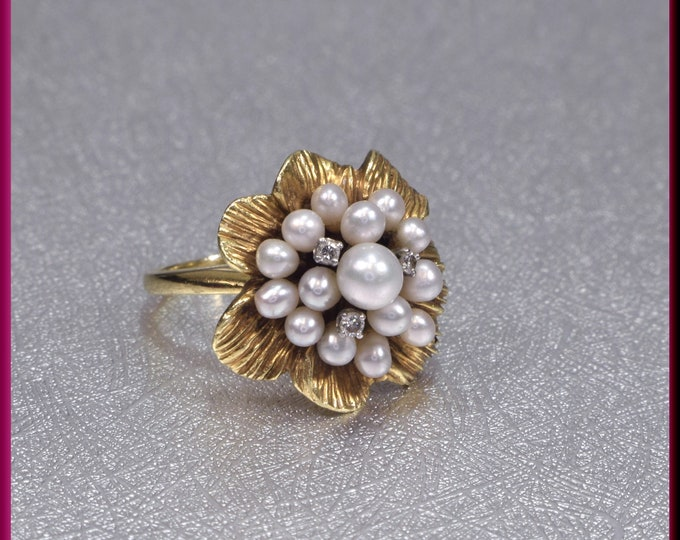 Pearl Cluster Ring, Diamond and Pearl Ring, Flower Pearl Ring, Gold Pearl Ring, June birthstone Ring, Vintage Pearl ring