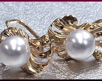 Pearl Earrings Wedding Earrings Bridal Earrings Bridal Jewelry Mikimoto Pearl Mikimoto Earrings Akoya Pearl Pearl Jewelry Gift for Her