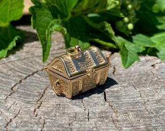 Gold Treasure Chest Charm, Bill Rowe Gold Charm