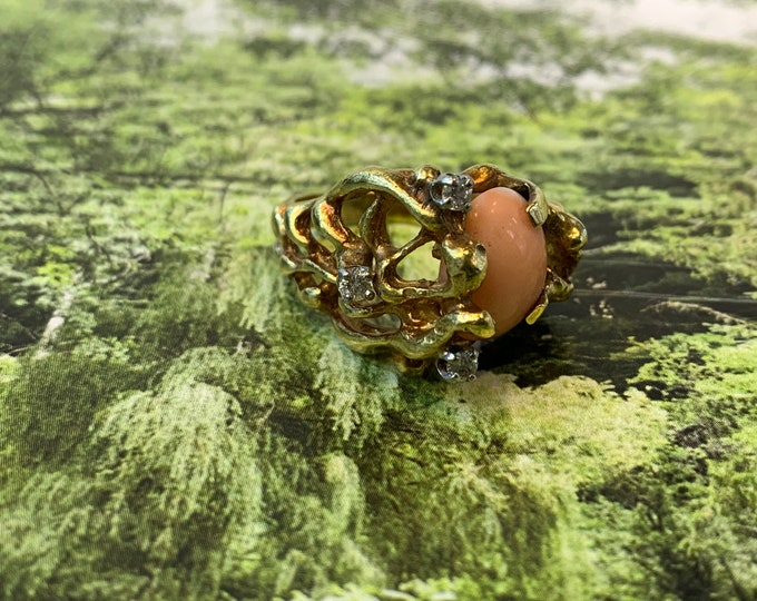Coral Ring, Gold Coral Ring, Coral and Diamond Ring, Coral Cocktail Ring, Coral Ring