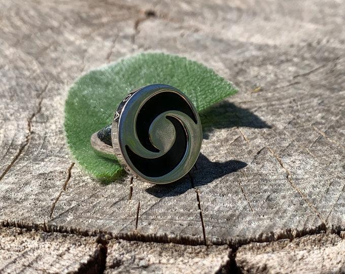 Bulgari Gold Spin Ring, Bulgari Gold Band, BVLGARI, BVLGARI Optical Illusion Swirl Spin Ring
