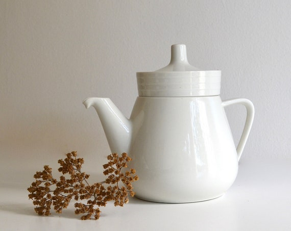 Mid Century Villeroy & Boch White Bone China Teapot with Infuser