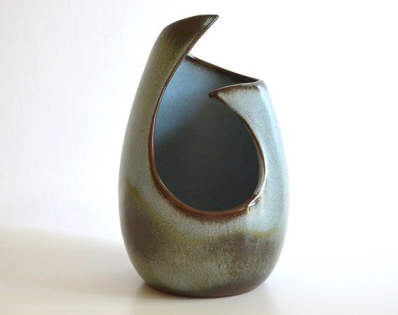 Mid Century Frankoma No. 21 Free Form Vase