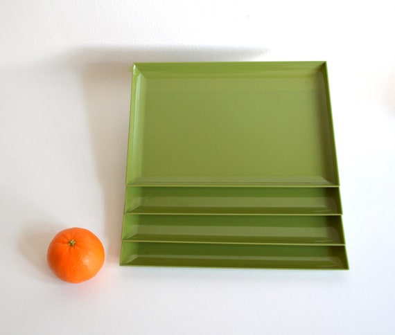 Set of Four Mid Century Chartreuse Plastic Snack Trays by Mutual Plastic Mold Corporation
