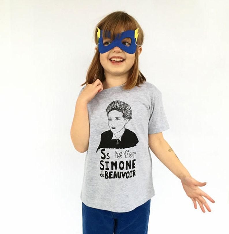 Feminist Kids Shirt: S is for Simone de Beauvoir w/ 9x12 Gray