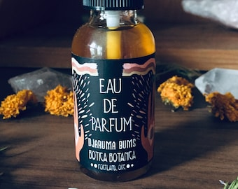 Djaruma Bums >> Clove Bud. Tobacco. Vanilla. Botanical Musk. >> Eau de Parfum Spray 1 oz >> Botanical Fragrance